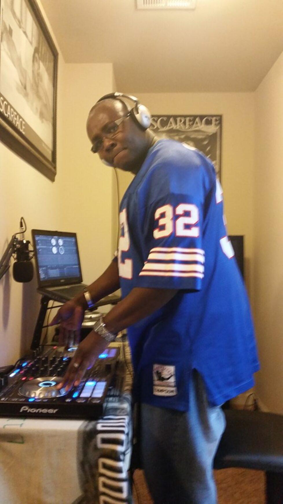DJ Reggie Smith